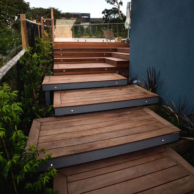 esplanade-builder-decking(640)